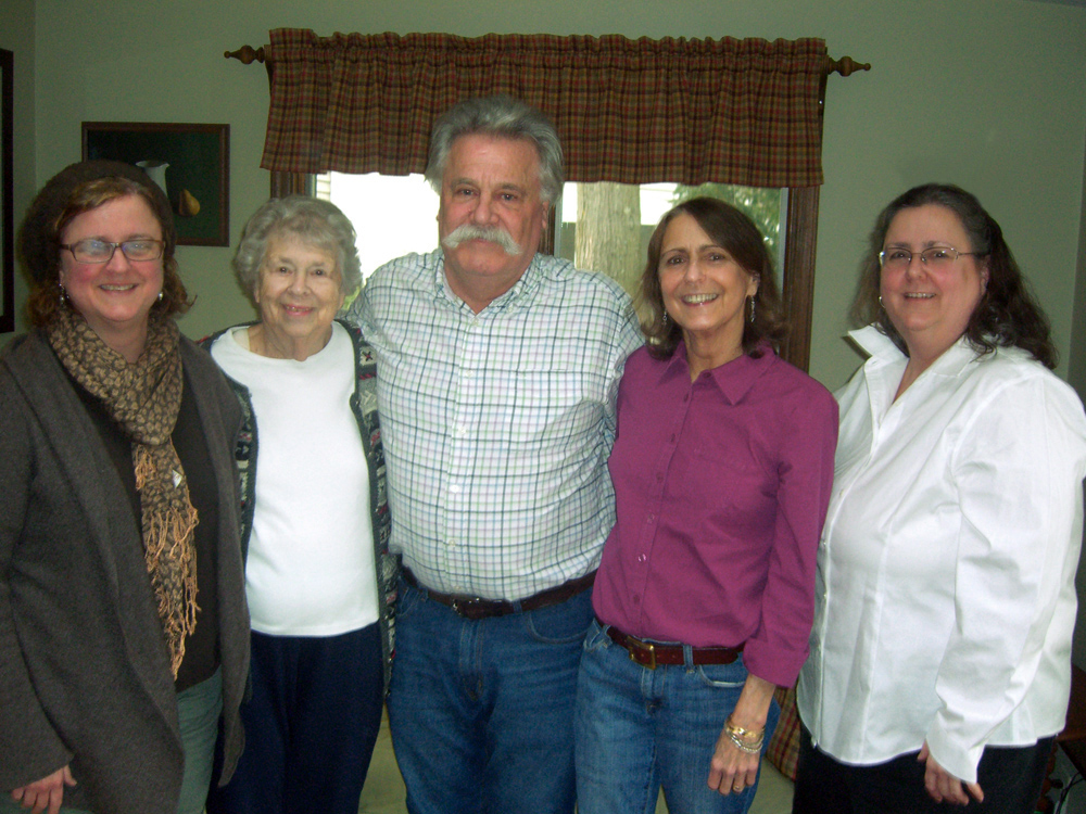 Photo of Nonie Bergesen and her family